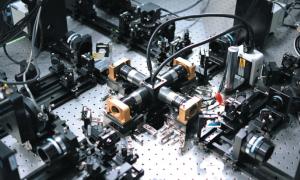 科学家教你DIY显微镜1