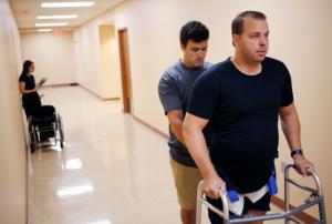 新技术助力瘫痪病人重新行走5