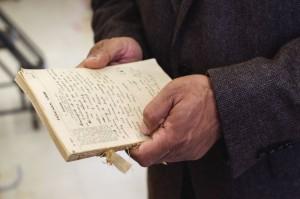 Rao一直留着一本日记,那是他祖父在研究生期间用来记录开销的