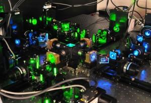 光片成像技术使用低强度激光在更长的时间内对活体组织进行成像。